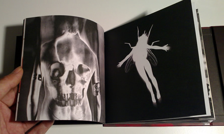 UNKLE - War Stories - Booklet 2