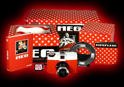 The White Stripes: Meg Camera